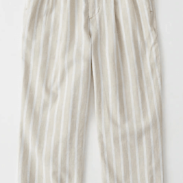 https://www.abercrombie.ca/shop/ca/p/belted-taper-pants-26048895?categoryId=6570724&seq=02&faceout=model